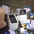 先日捨てられていたゴミが電子レンジ2台を呼んだ!